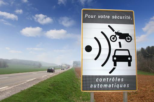 radar automatique pour controle de la vitesse