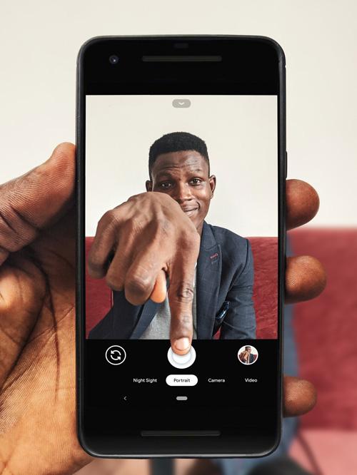 Les smartphones succedent aux lecteurs audio et vidéo